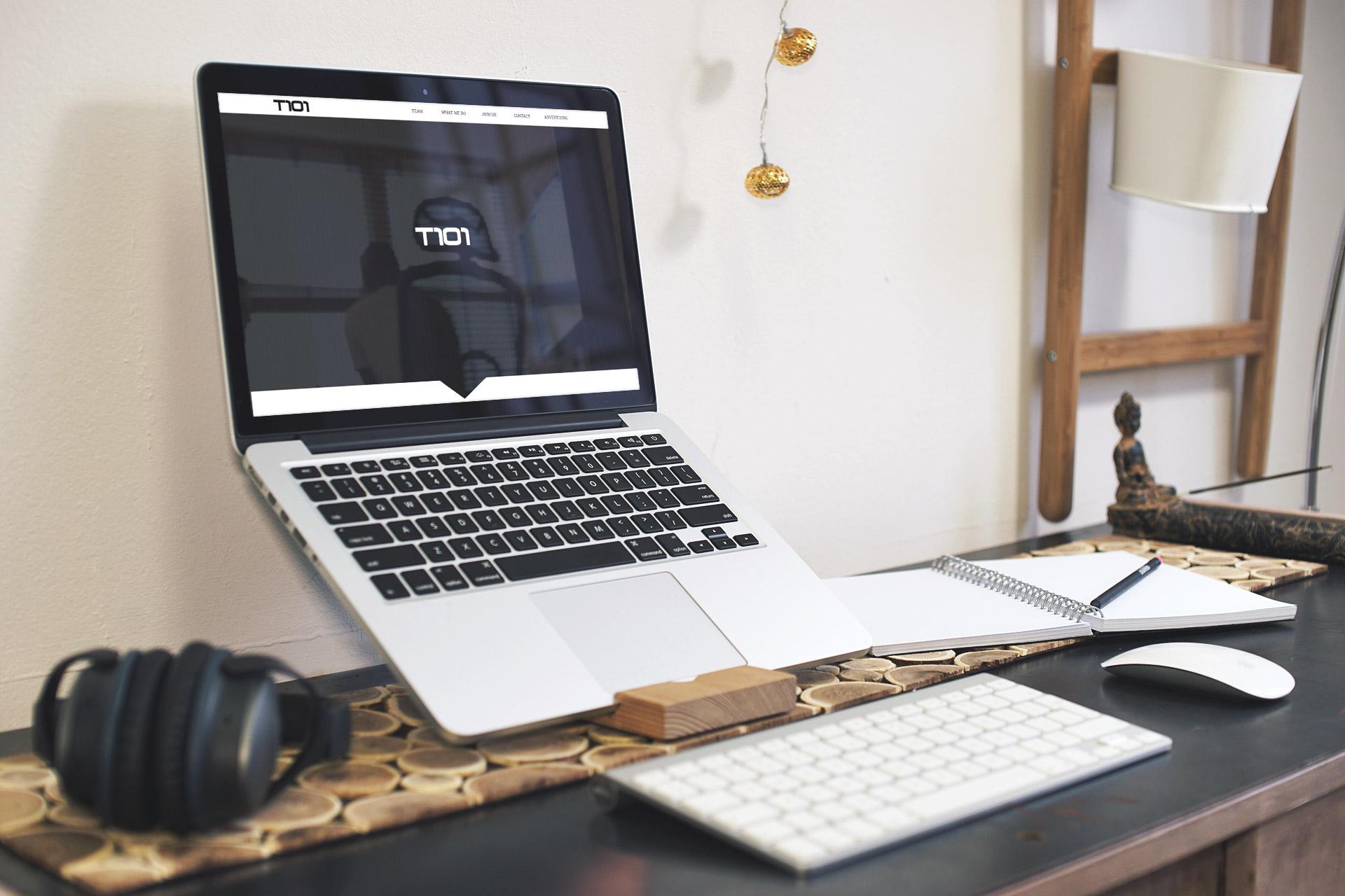 marketing to china - t101 website laptop